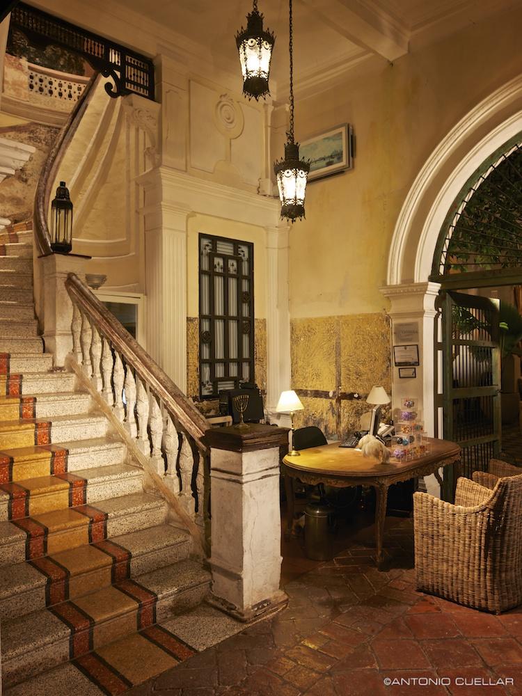 La passion luxury boutique hotel antonio cuellar for Luxury boutique