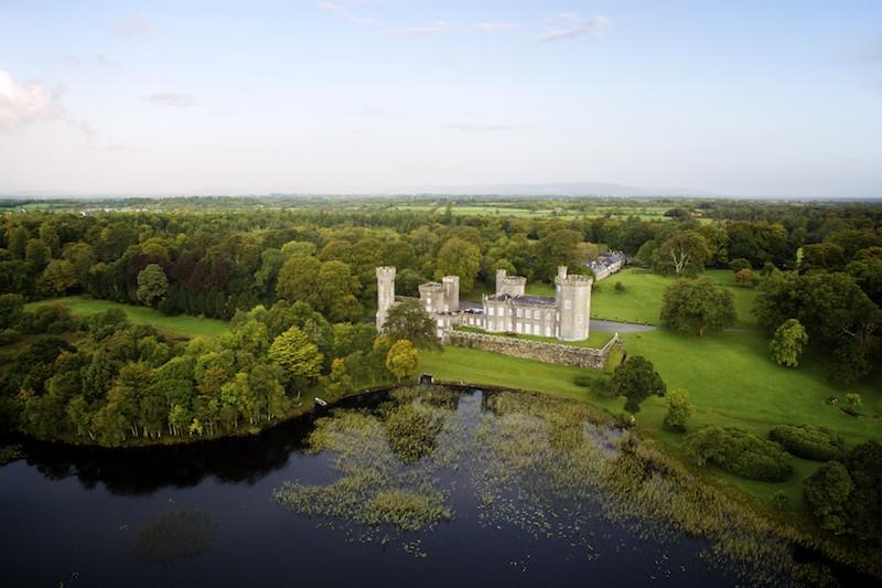 Lough_Cutra_Castle_10