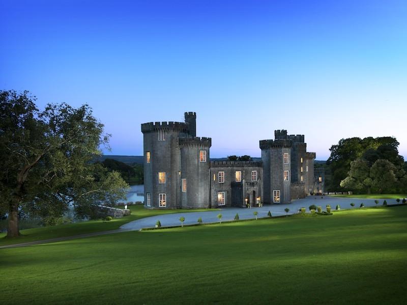 Lough_Cutra_Castle_6