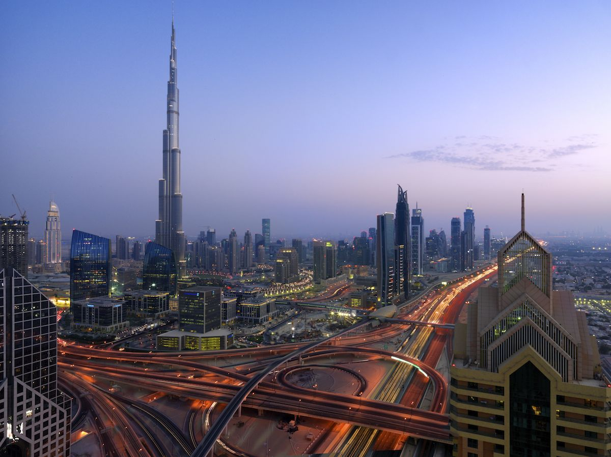 Antonio cuellar shares his experience photographing a for Top hotels in dubai 2016