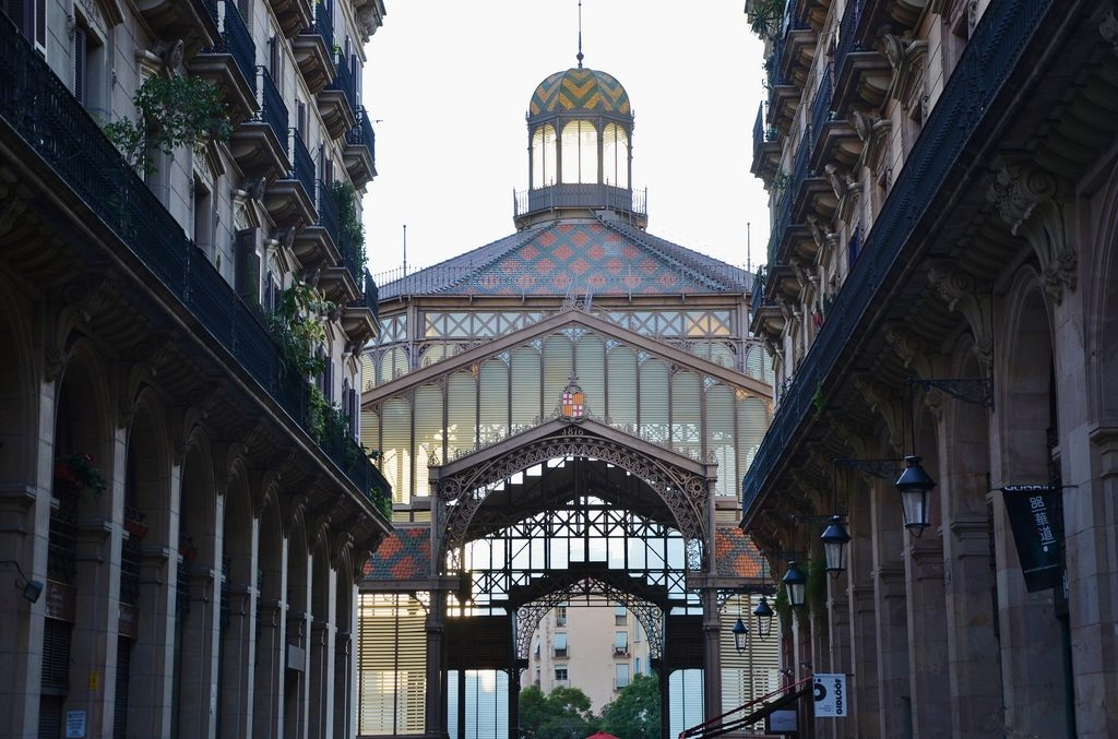 Barcelona Travel tips - Mercado del born